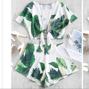 Zaful Leaf Print Top & Shorts Set Sz XS/Sz 4 NWT